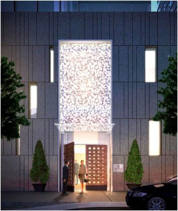 four_seasons_entrance