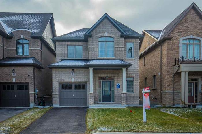 39 Temple Ave, East Gwillimbury